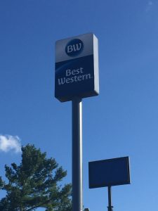 Best Western Pylon Sign